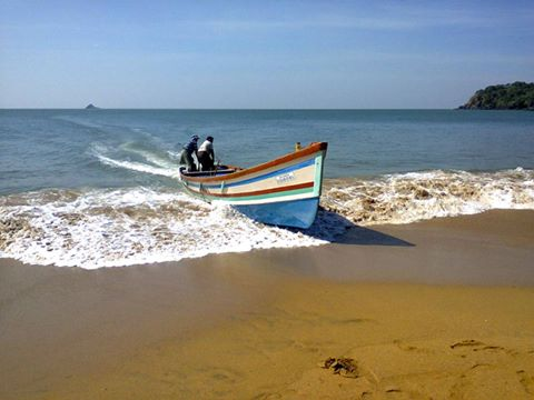 Boat rides in Goa -Polem beach